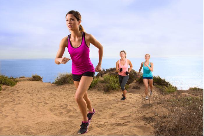 people-running-uphill