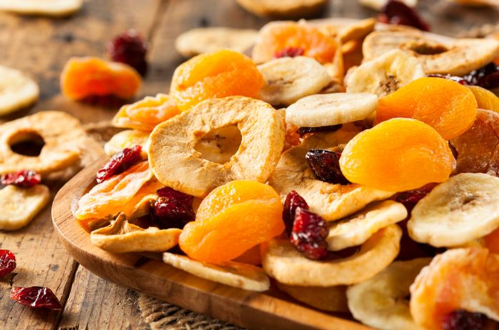 dried-fruits-on-table