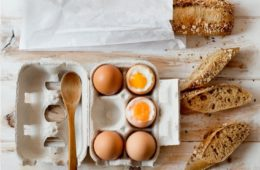 eggs-and-bread-on-table