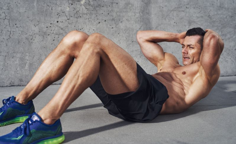 Sit-Ups vs. Crunches: Which is the Best Route to a Solid Midriff?