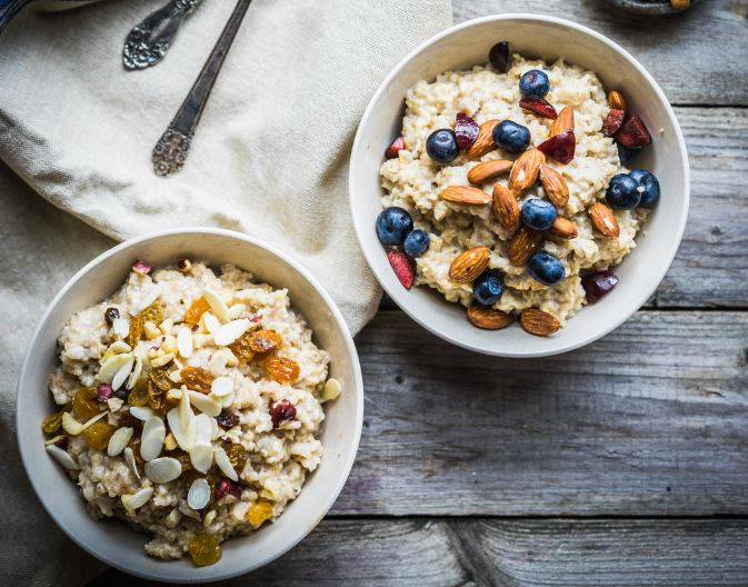 two-bowls-of-oatmeal