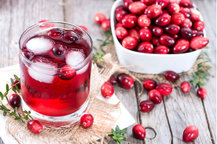 cranberry-juice-cleanse-drink
