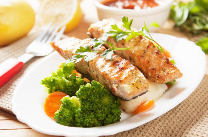 fish-and-brocolli
