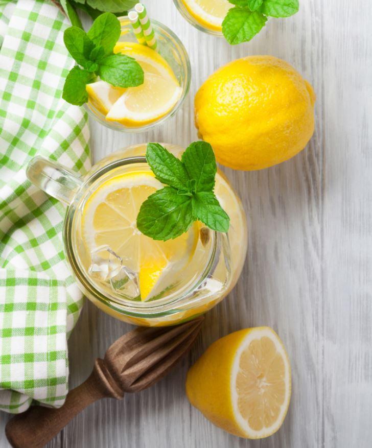 lemon-in-jar-wooden-table