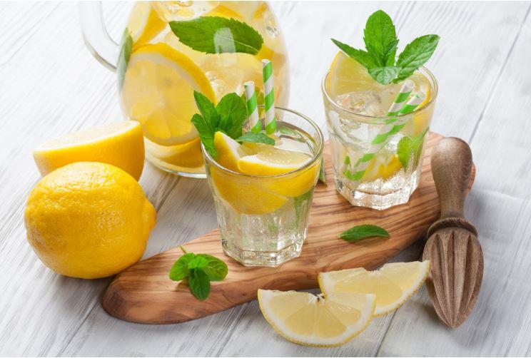 water-lemon-in-jar-with-spoon