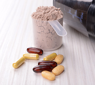 bcaa in powder and pill form