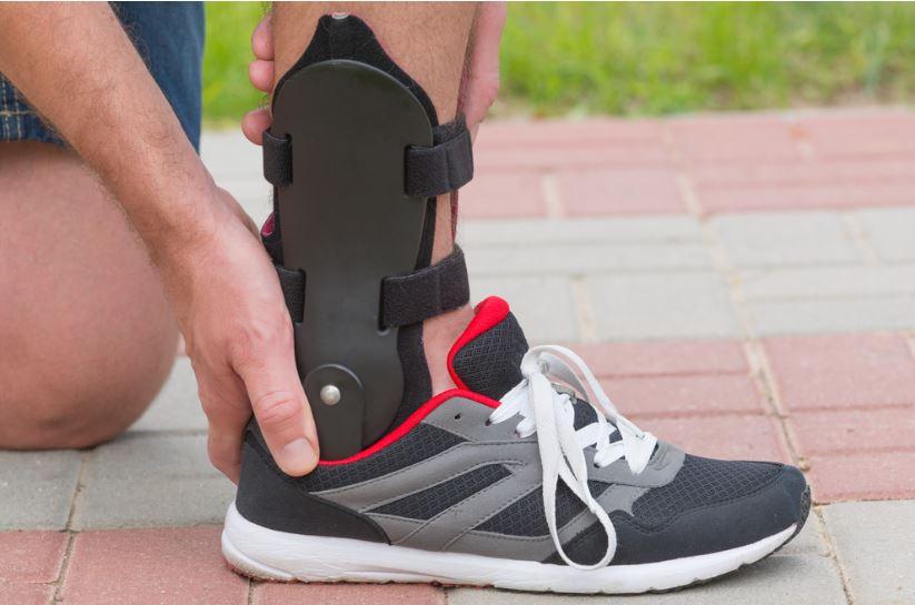 Medium Black Med Spec 264014 ASO Ankle Stabilizer